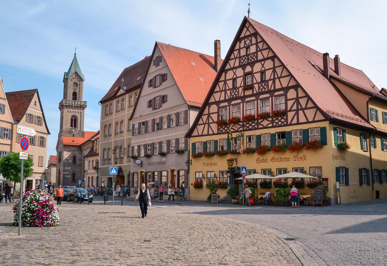 Baviera Dinkesbuhl - in Viaggio con Monica