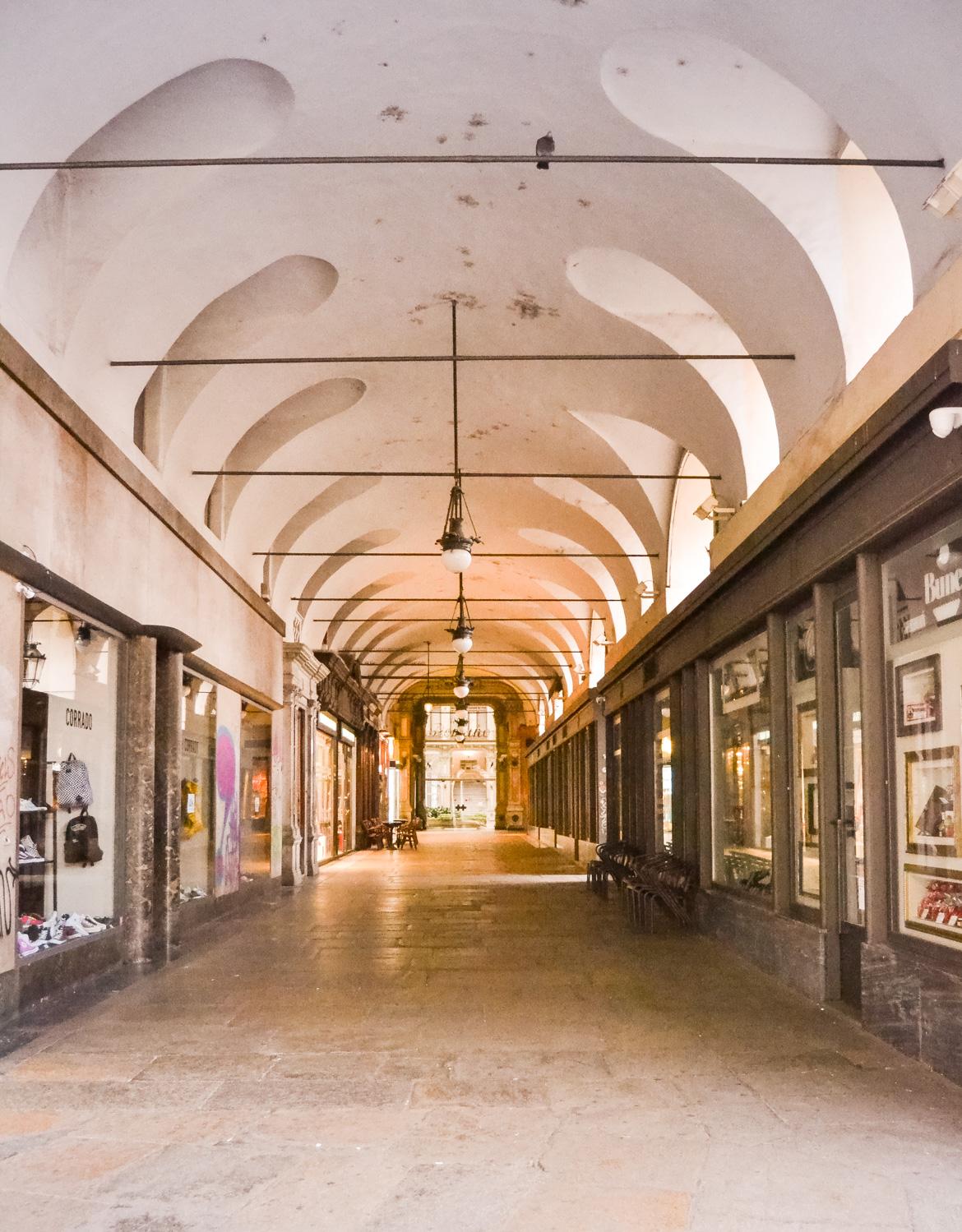 Torino Portici - In Viaggio con Monica