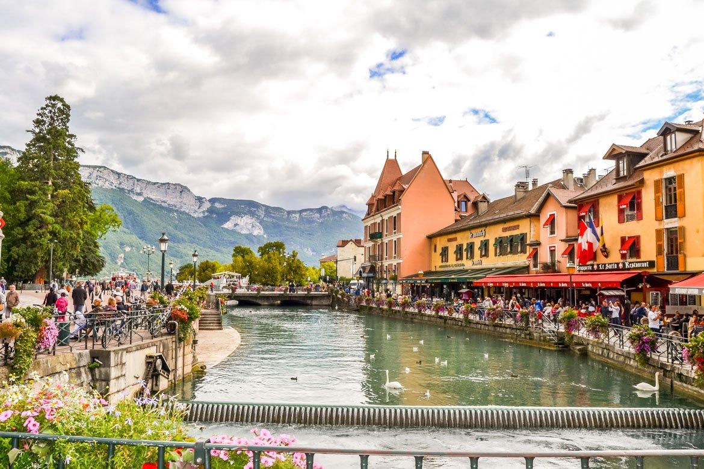 Annecy canale panoramica - In Viaggio Con Monica