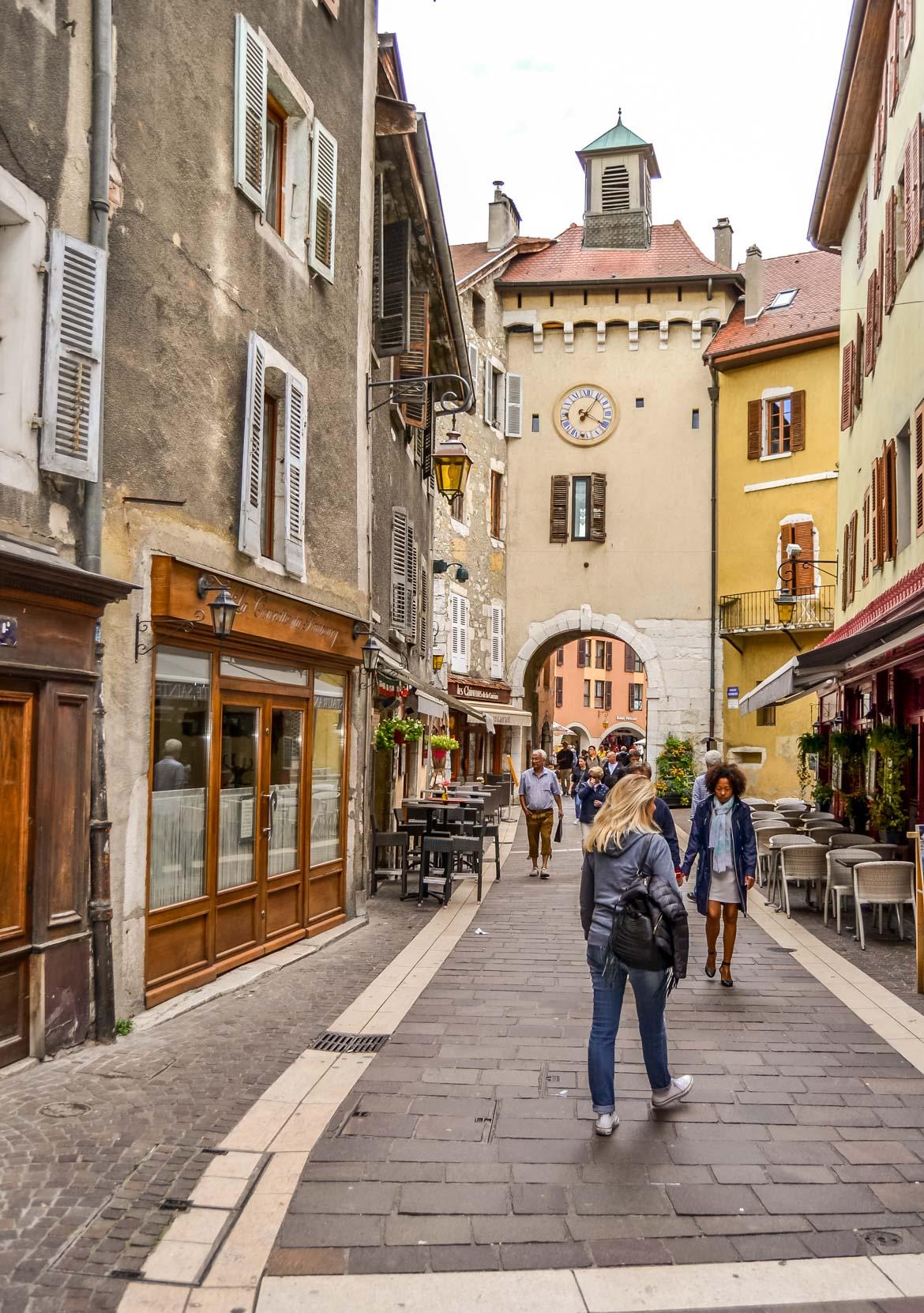 Annecy vicolo - Monica Bruni - In Viaggio Con Monica