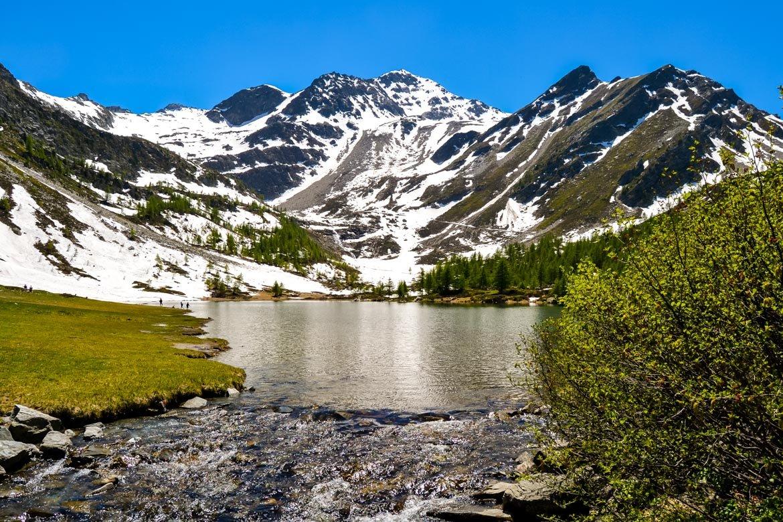 Valle Aosta Lago Arpy panoramica acqua - In Viaggio Con Monica