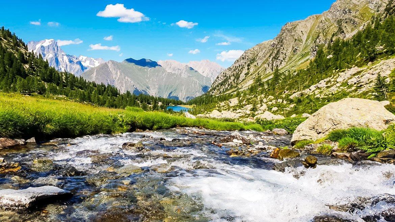 Valle d'Aosta Escursione al Lago d'Arpy - panoramica - In Viaggio Con Monica