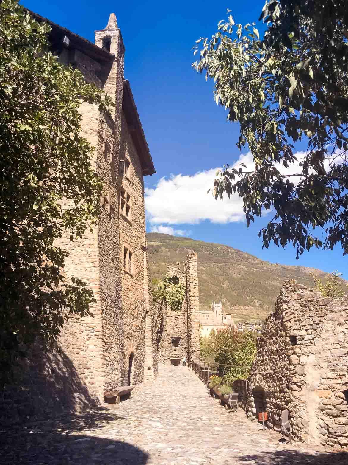 Castello Sarriod Tour ingresso - Valle Aosta - In Viaggio Con Monica