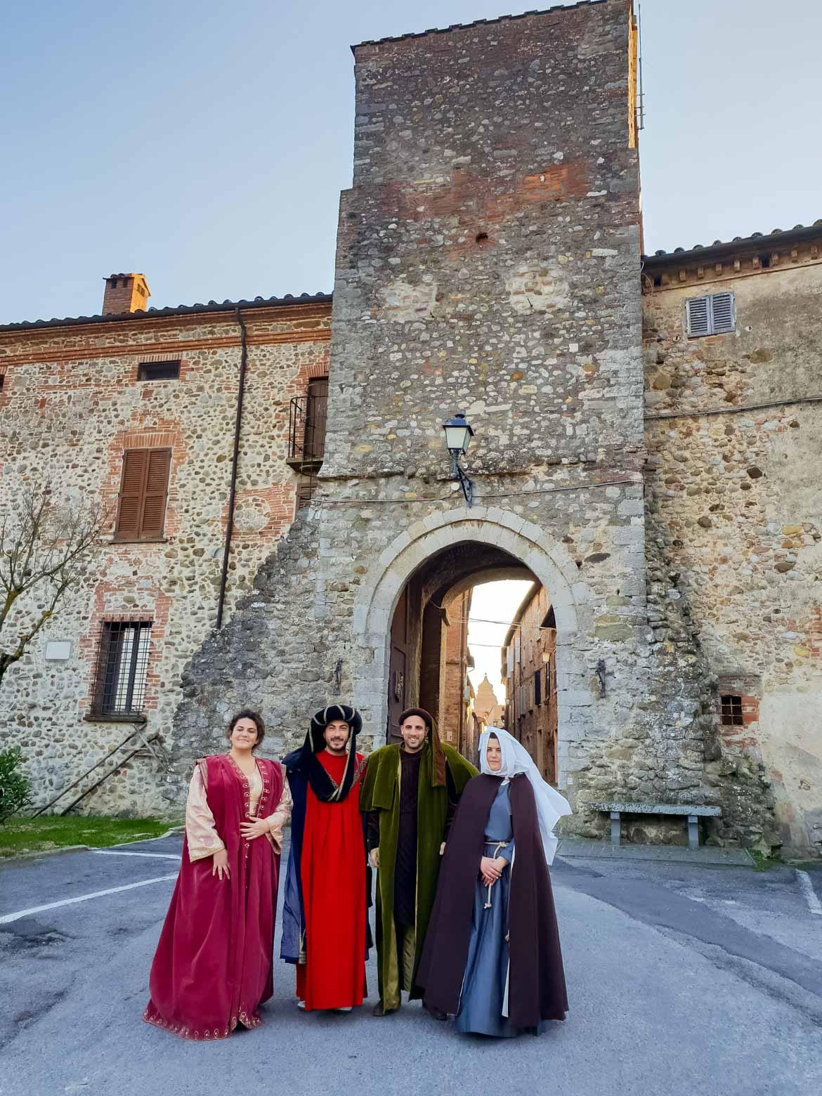 Monteleone d'Orvieto - corteo storico - In viaggio con Monica