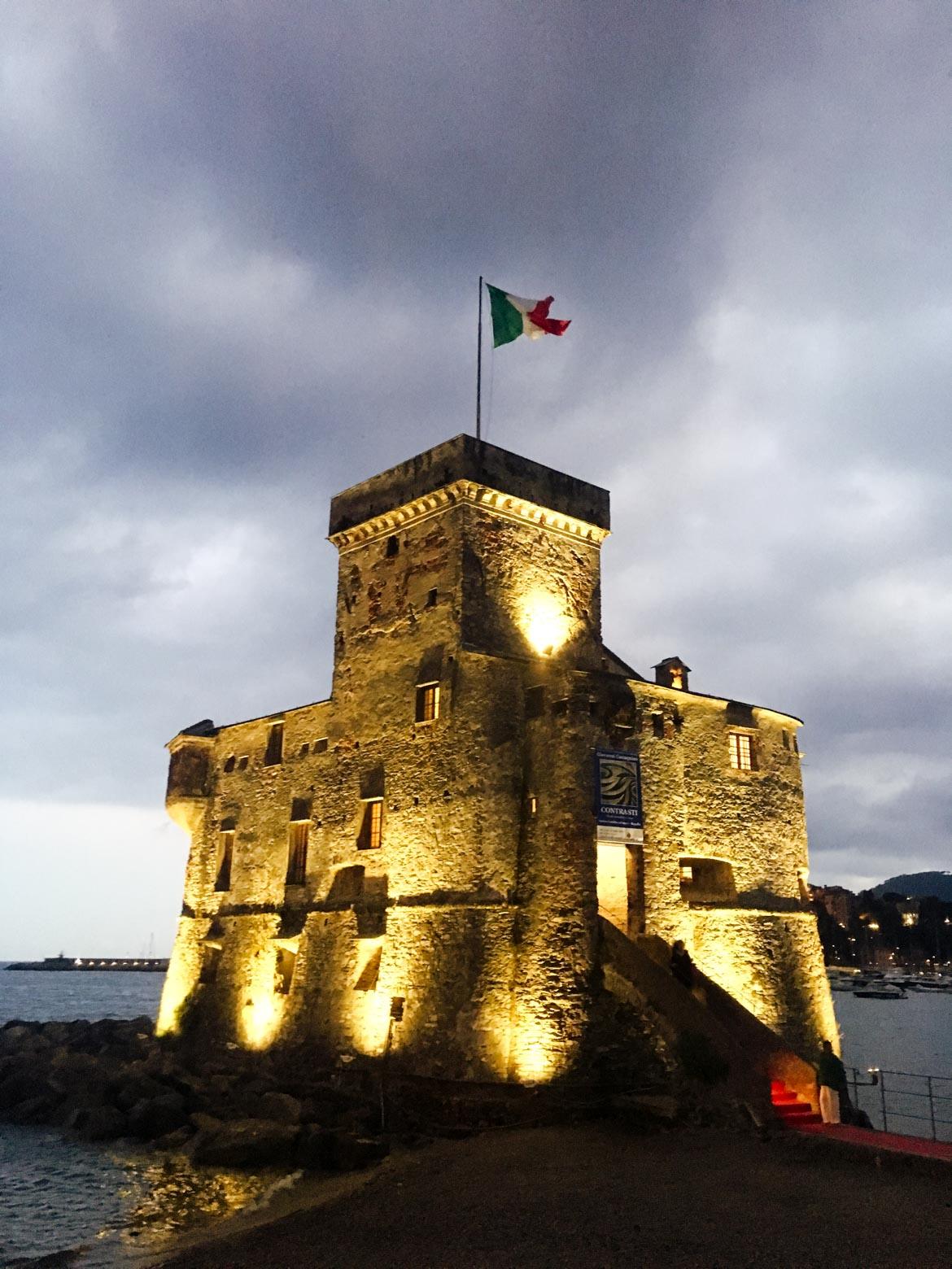 Castello Rapallo- In viaggio con Monica