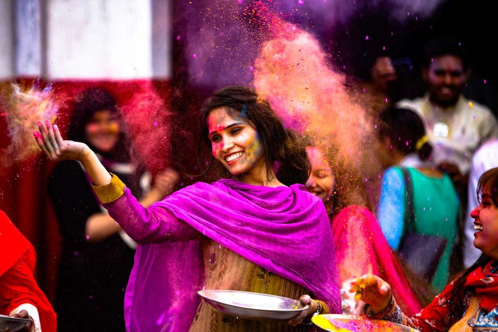India Holi festival - Dove andare in vacanza a marzo