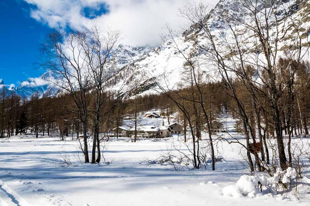 Cosa fare in Val Ferret in inverno - escursioni con le ciaspole