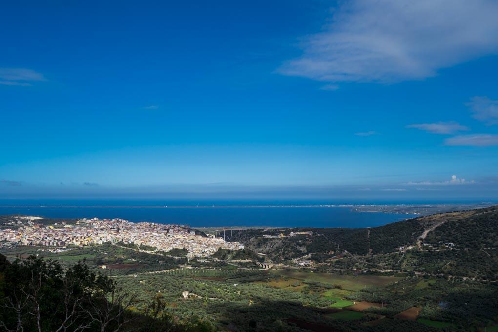Vista su Varano e lago