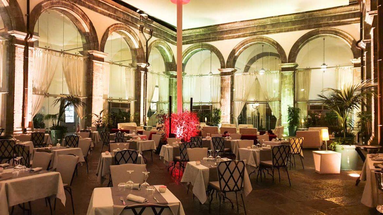 Dove dormire a Napoli Palazzo Caracciolo