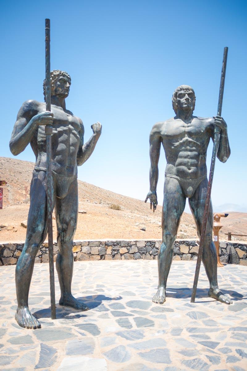 Fuerteventura - statue re