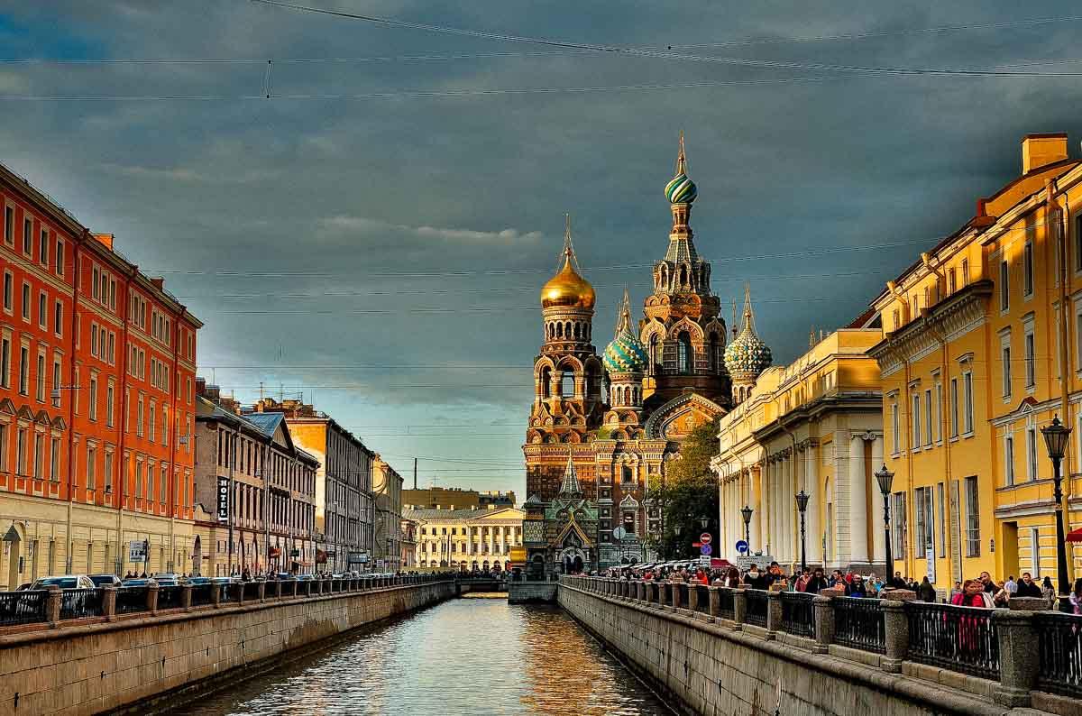 Dove andare in vacanza a luglio: San Pietroburgo