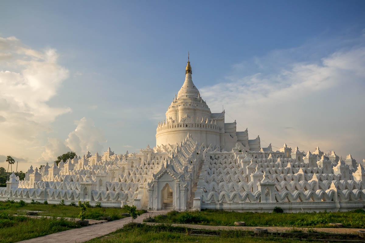 Mingun Pagoda Bianca