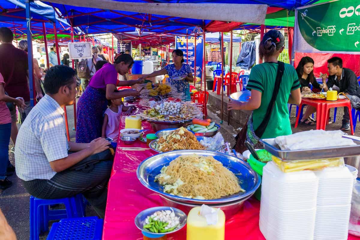 Viaggio in Myanmar - Street food Yangon