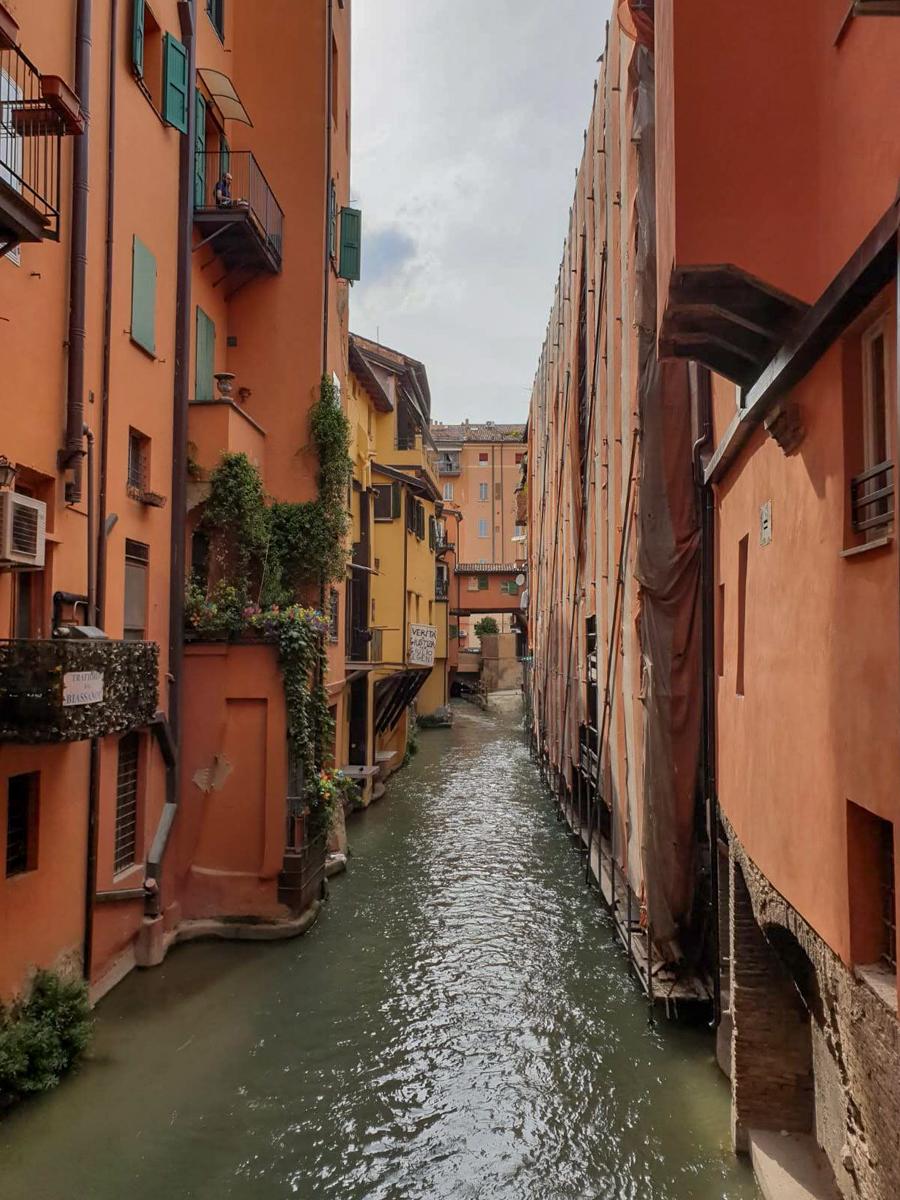 Bologna Finestrella Via Piella
