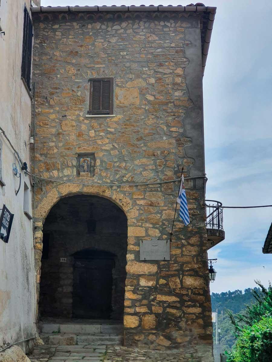 Ingresso al Principato di Seborga da porta San Sebastiano