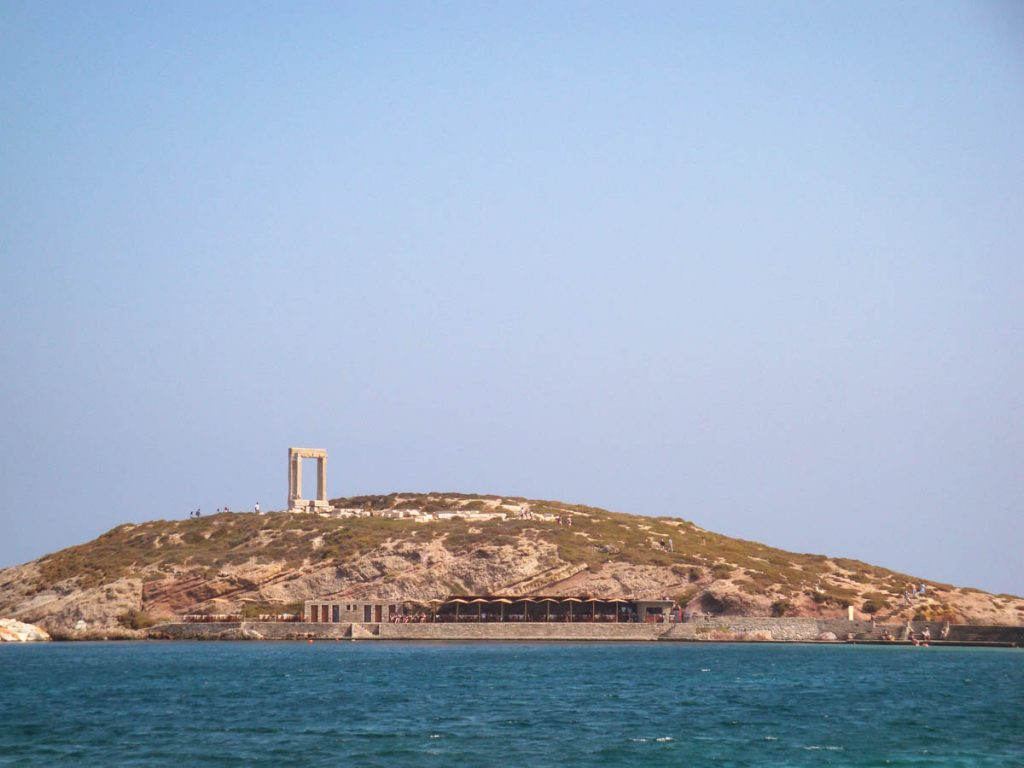 Naxos - In viaggio con Monica