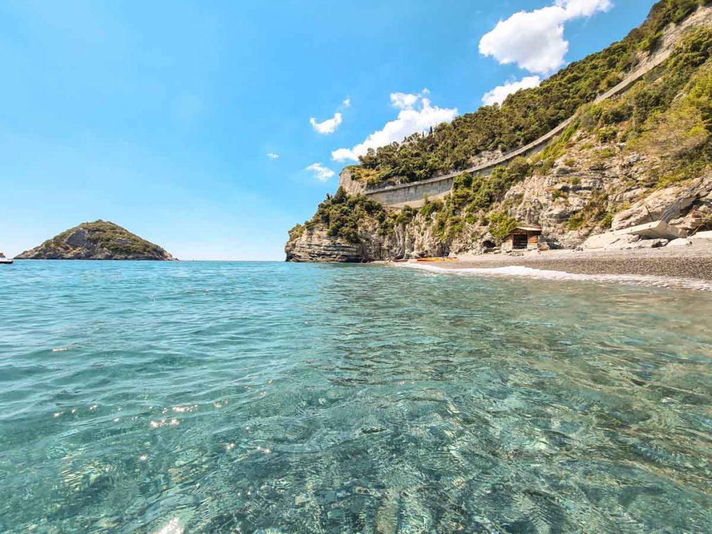 Spiaggia delle Sirene Bergeggi
