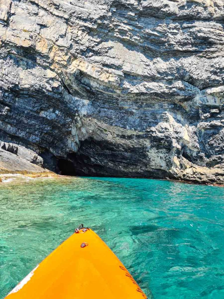 Isola di Bergeggi kayak